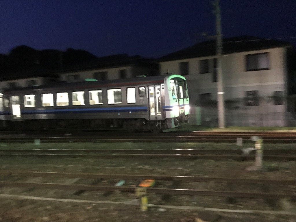 【鉄道の乗車記・乗り鉄の記事は】今話題の事を詳しくしゃべり倒すブログ〜ザ・KH8000ショー